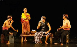 Tentang Teater, Pengertian, Sejarah, Fungsi Hingga Jenisnya