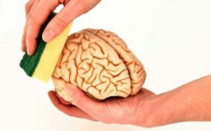 Pengertian dan Ciri-ciri Orang yang Terkena Cuci Otak