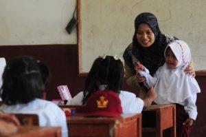 Tenaga Pendidik Divaksin, Pembelajaran Tatap Muka Normal Kemungkinan Dimulai Juli 2021