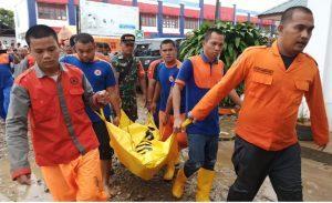 Banjir Melanda Tapteng, 2 Orang Meninggal Dunia dan 22 Terluka