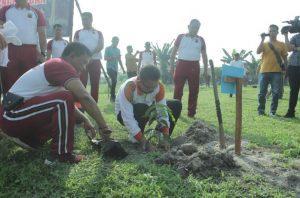Pemkab dan Polres Asahan Lakukan Penghijauan di Polsek Kota Kisaran