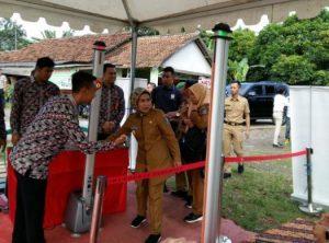 Beri Bantuan 1000 Jamban, Kunjungan Ibu Negara Dijaga Ketat Ditpamobvit Polda Banten