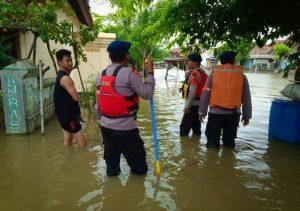 Polda Banten Kerahkan Tim SAR Untuk Bantu Warga Terdampak Banjir