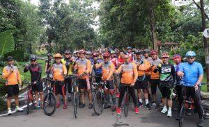 Polda Banten Gowes Bareng TNI dan Komunitas Sepeda Ceria