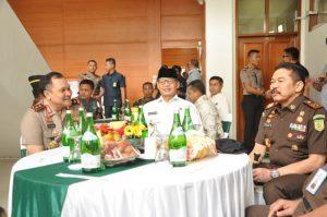 Gubernur Banten Tingkatkan Akses Jalan Pendidikan dan Pertanian