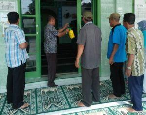 Antisipasi Corona, Pemkab Asahan Semprot Desinfektan di Rumah Ibadah dan Fasum