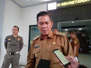 Penjelasan Foto Wali Kota Serang Bersama Pegawai Pajak yang Meninggal Karena Corona