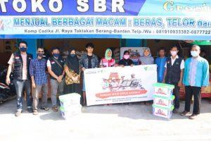 Peduli Sosial RS Mata Achmad Wardi BWI-DD dan Dompet Dhuafa Banten Bagikan Sembako