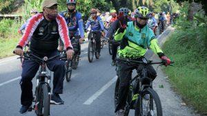 Jaga Kebugaran, Bupati Asahan Gowes Bareng Komunitas Sepeda