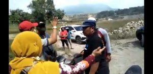 Viral Video Bu Kades Marah-marahi Oknum Marinir di Lahan Sengketa Kabupaten Pasuruan