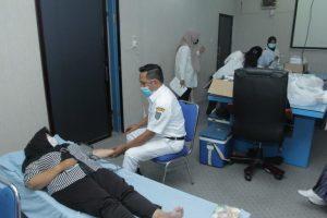 Dinas Kominfo Asahan dan Wartawan Gelar Donor Darah