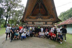 Sambil Jelajahi Samosir, Bank Sumut Berikan Bantuan ke Panti Asuhan dan Masjid
