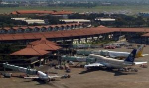 Penerbangan yang Tak Patuhi Aturan Tarif Tiket Akan Dibekukan