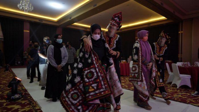 """""""Pride Of Gayo"""", Upaya Pemerintah Aceh Lestarikan Seni Didong di Masa Stagnasi"""