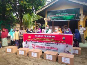 Badko HMI Sumut Bagikan Paket Sembako Bersama Polres Asahan