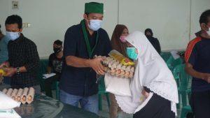 HMI Gandeng Pertamina Salurkan Ratusan Paket Sembako di Medan Timur